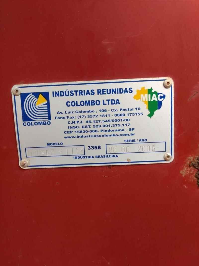COLHEDORAS BATEDOR DE FEIJAO RECOLHEDOR  2006 Agro Mogi Peças e Equipamentos Agrícolas